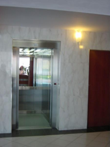 Drzwi-szybowe-otwarte