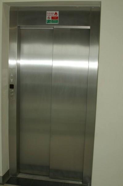 Drzwi-630